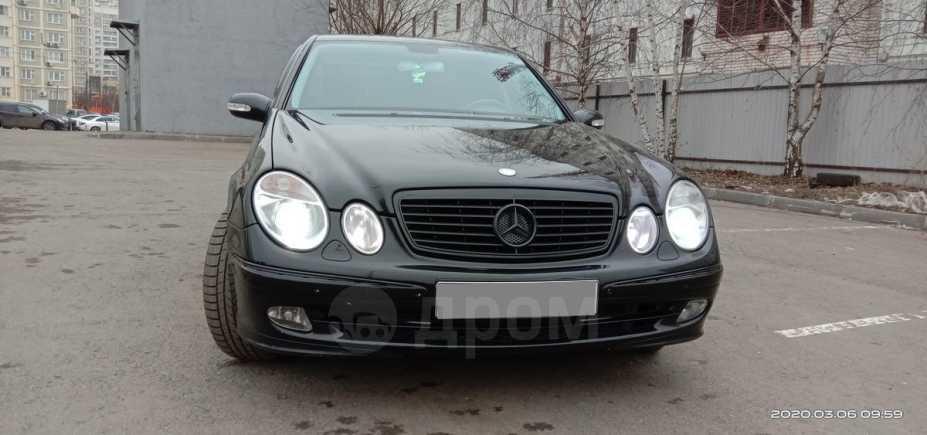 Mercedes-Benz E-Class, 2003 год, 525 000 руб.