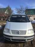 Volkswagen Sharan, 2001 год, 299 000 руб.