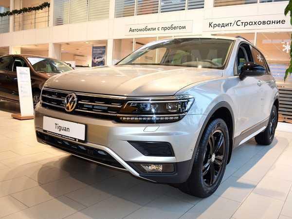 Volkswagen Tiguan, 2020 год, 2 404 100 руб.
