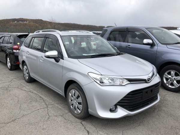 Toyota Corolla Fielder, 2017 год, 759 000 руб.