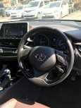 Toyota C-HR, 2017 год, 1 610 000 руб.