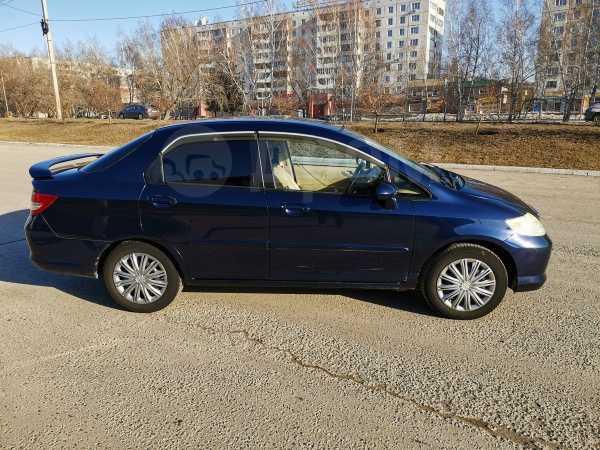 Honda Fit Aria, 2003 год, 259 000 руб.