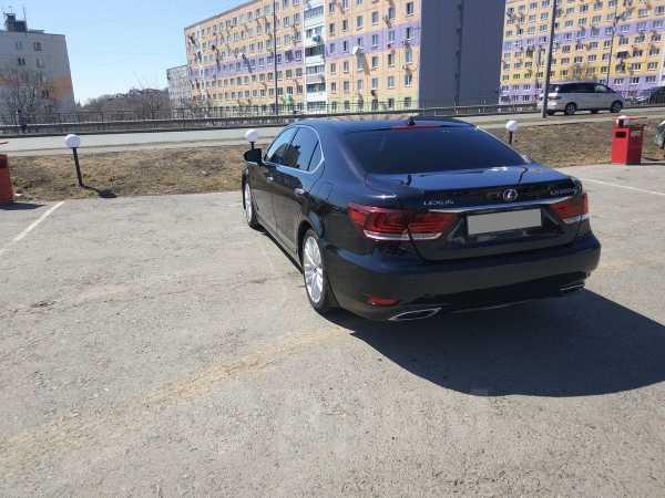 Lexus LS600h, 2013 год, 2 200 000 руб.