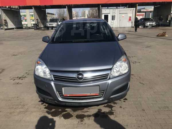 Opel Astra Family, 2011 год, 330 000 руб.
