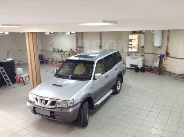 Nissan Terrano II, 2003 год, 595 000 руб.