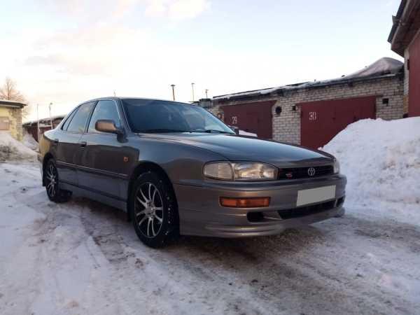 Toyota Camry, 1992 год, 397 000 руб.