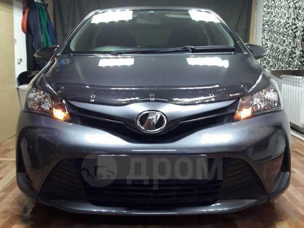 Toyota Vitz, 2015 год, 490 000 руб.