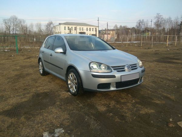Volkswagen Golf, 2004 год, 280 000 руб.