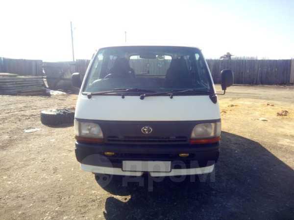 Toyota Hiace, 1997 год, 295 000 руб.