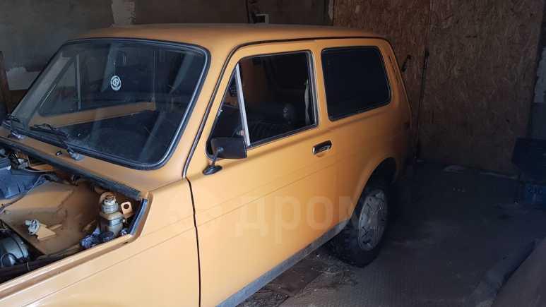 Лада 4x4 2121 Нива, 1984 год, 115 000 руб.