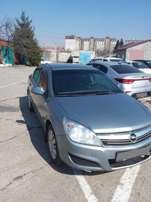 Opel Astra, 2011 год, 216 000 руб.