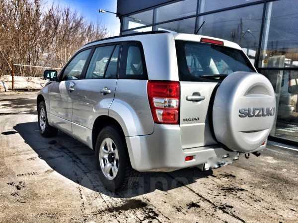 Suzuki Grand Vitara, 2011 год, 780 000 руб.