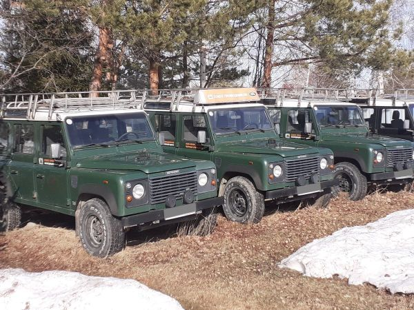 Land Rover Defender, 2000 год, 900 000 руб.