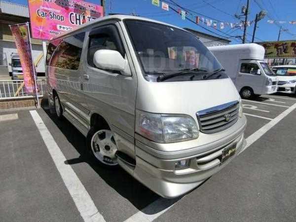 Toyota Hiace, 2004 год, 334 000 руб.