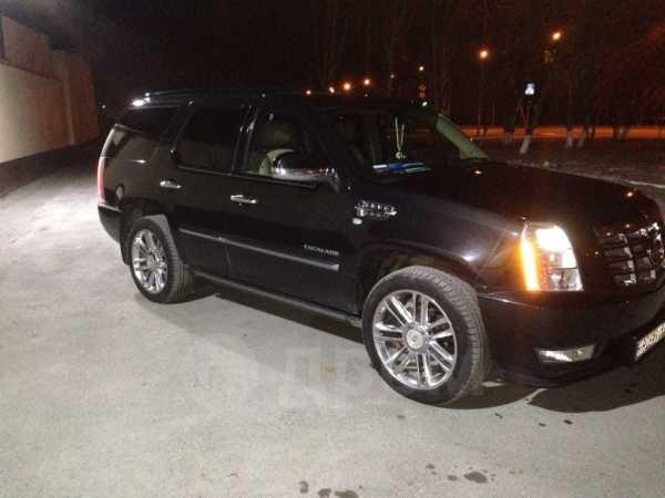 Cadillac Escalade, 2011 год, 1 295 000 руб.