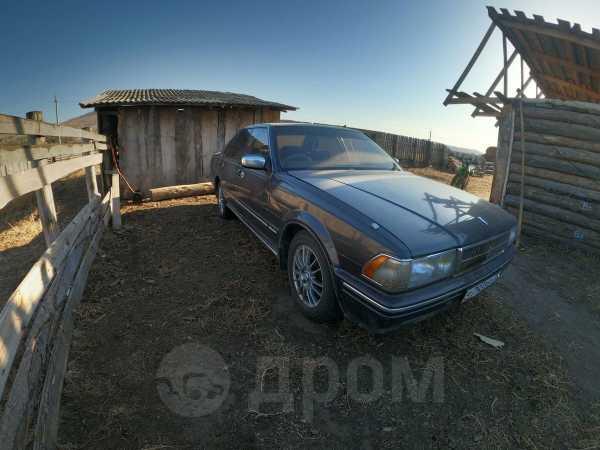 Nissan Cedric, 1989 год, 125 000 руб.