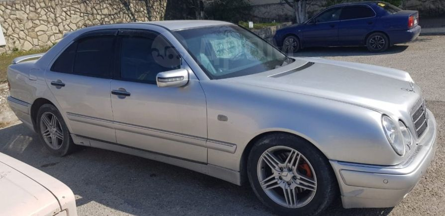 Mercedes-Benz E-Class, 1999 год, 180 000 руб.