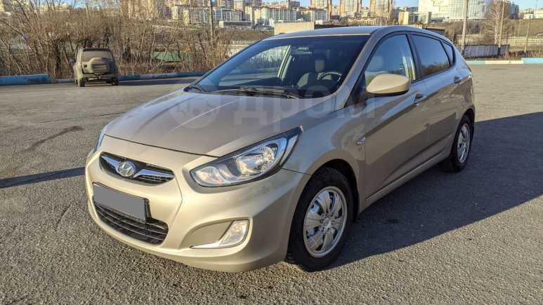 Hyundai Solaris, 2013 год, 407 000 руб.
