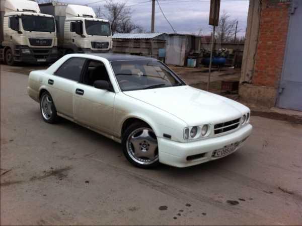 Nissan Gloria, 1995 год, 400 000 руб.