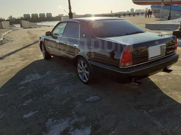 Toyota Crown Majesta, 1999 год, 450 000 руб.