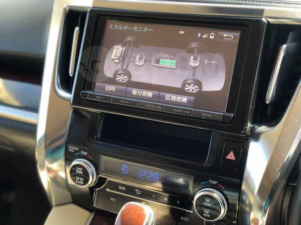 Toyota Vellfire, 2015 год, 3 000 000 руб.