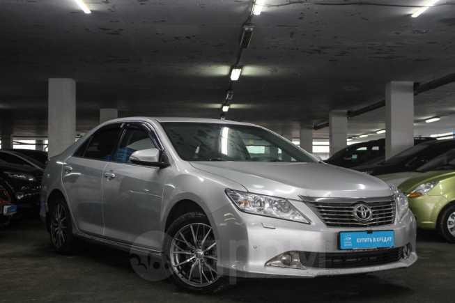 Toyota Camry, 2013 год, 979 000 руб.