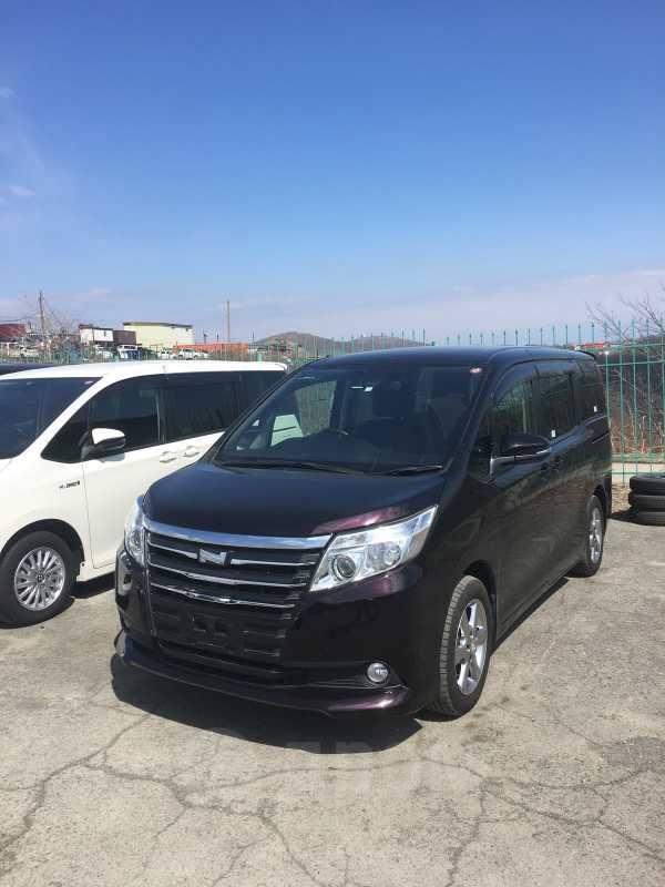 Toyota Noah, 2017 год, 1 099 000 руб.