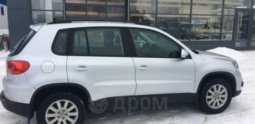 Volkswagen Tiguan, 2014 год, 680 000 руб.