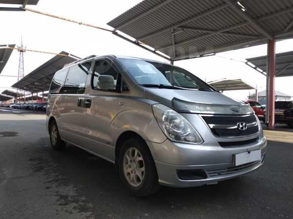 Hyundai Grand Starex, 2008 год, 579 000 руб.