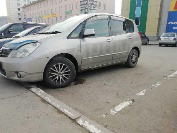 Toyota Corolla Spacio, 2004 год, 440 000 руб.