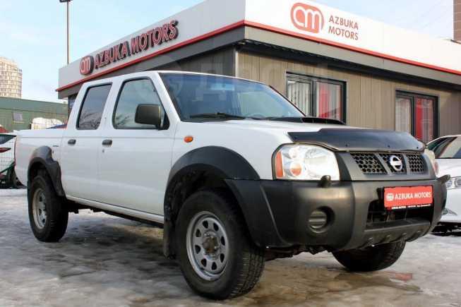 Nissan NP300, 2012 год, 619 000 руб.