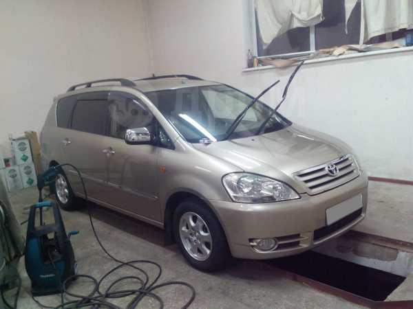 Toyota Picnic, 2003 год, 455 000 руб.