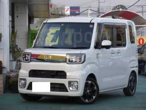Daihatsu Wake, 2015 год, 690 000 руб.