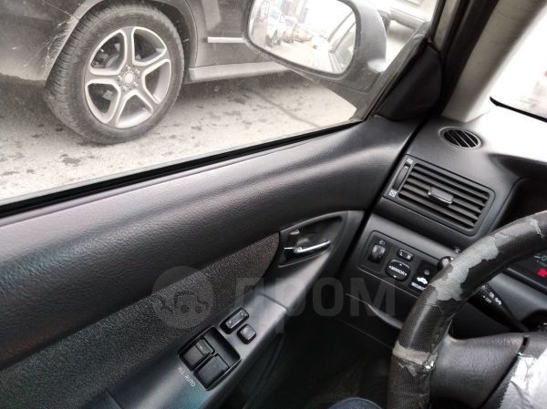 Toyota Corolla, 2003 год, 235 000 руб.