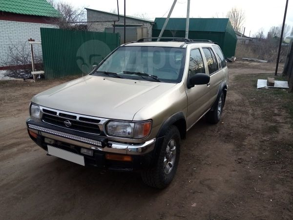 Nissan Pathfinder, 1997 год, 300 000 руб.