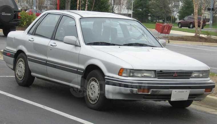 Mitsubishi Eterna, 1990 год, 440 000 руб.