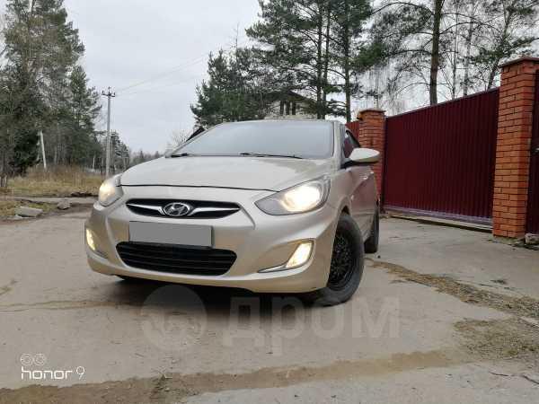 Hyundai Solaris, 2011 год, 300 000 руб.