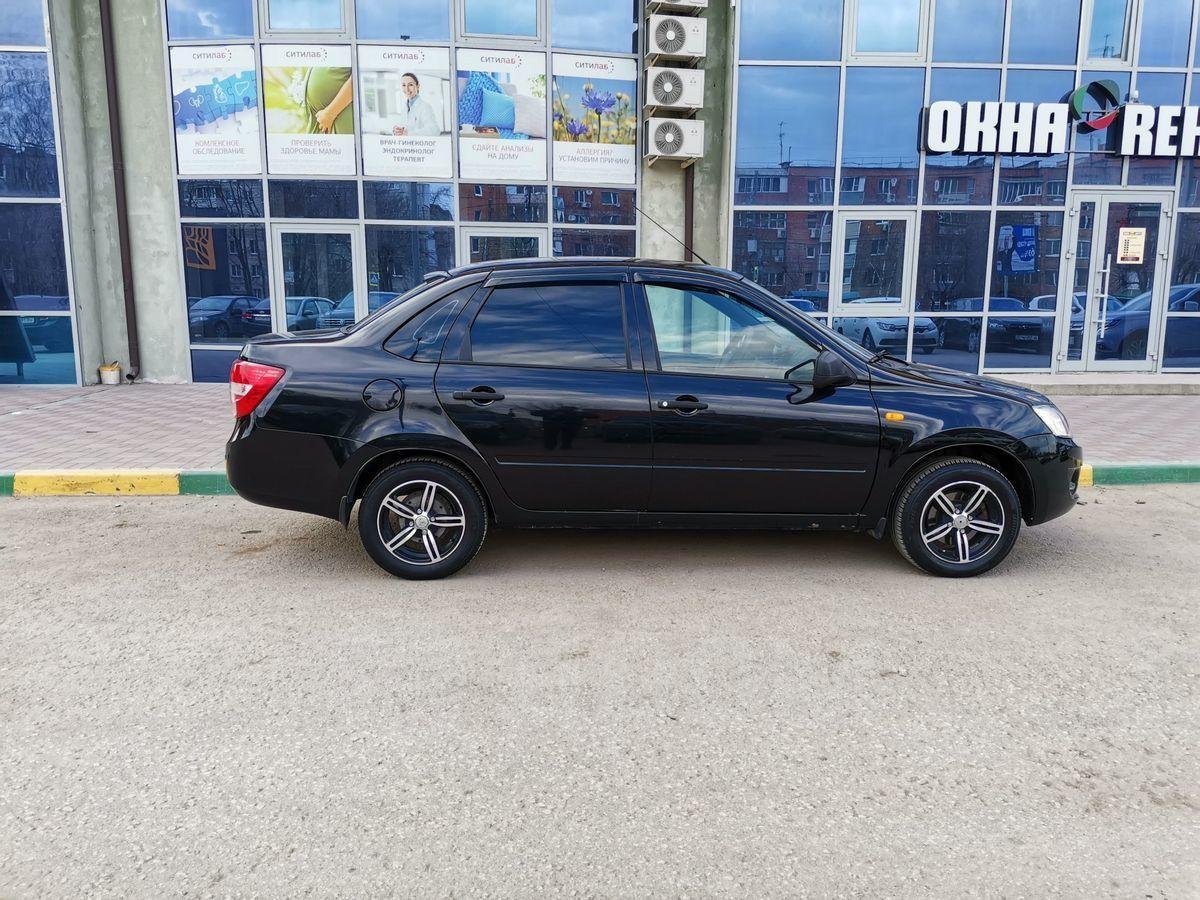 Новая Лада (ВАЗ) Гранта седан 2020 в автосалоне Томске | 900x1200