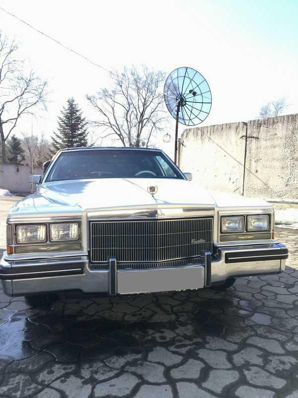 Cadillac DeVille, 1984 год, 1 800 000 руб.