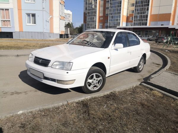 Toyota Camry, 1995 год, 195 000 руб.