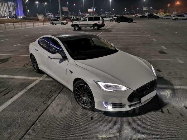 Tesla Model S, 2014 год, 3 200 000 руб.