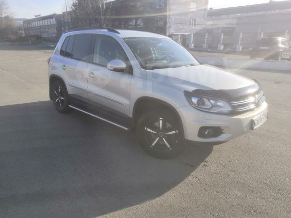 Volkswagen Tiguan, 2012 год, 870 000 руб.