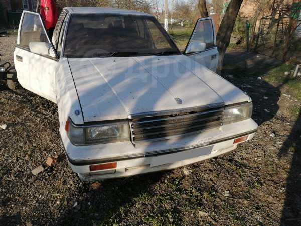 Nissan Laurel, 1988 год, 150 000 руб.