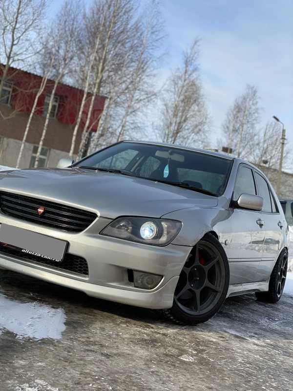 Toyota Altezza, 2000 год, 500 000 руб.