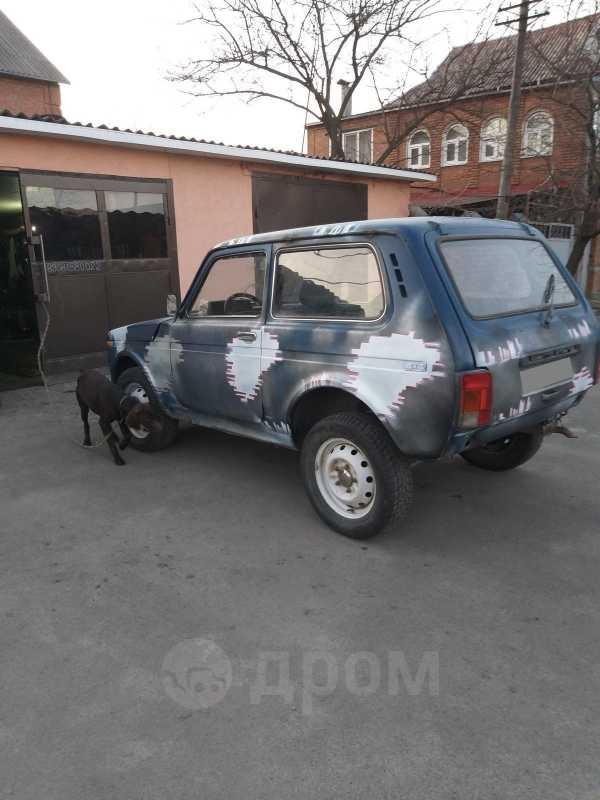 Лада 4x4 2121 Нива, 2001 год, 35 000 руб.