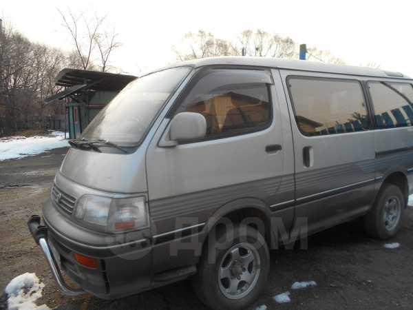 Toyota Hiace, 1996 год, 210 000 руб.