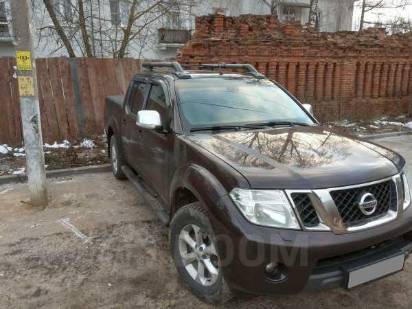 Nissan Navara, 2013 год, 950 000 руб.