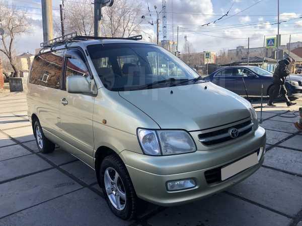 Toyota Town Ace Noah, 2001 год, 480 000 руб.