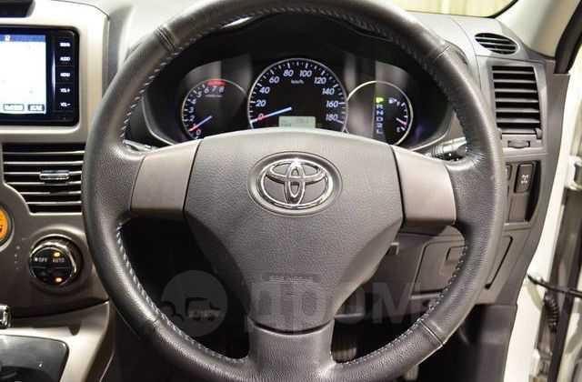 Toyota Rush, 2016 год, 990 000 руб.
