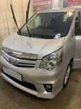 Toyota Noah, 2012 год, 950 000 руб.